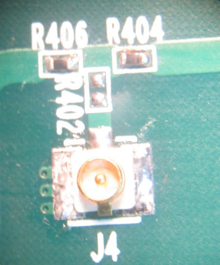 Close up of Mode Select Resistors and J4
